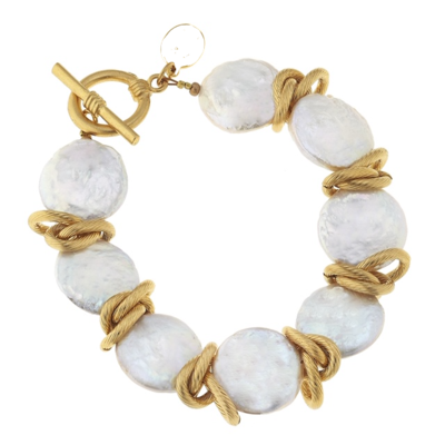 Freshwater  Pearl with Gold Bracelet