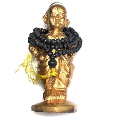 Kumarn Tong Ongkaraks Hands on Hips & Rosary Prai Powders & Takrut in Base 11 Cm Ajarn Taep Pongsawadarn 2556 BE