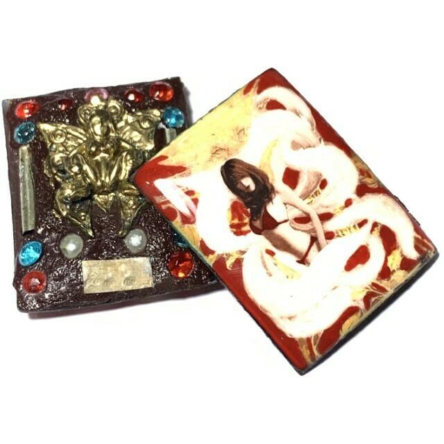 9 Tails Fox Demon Enchantress Prai Powders 2 Takrut, 11 Gems, 2 Pearls, 1 Queen Butterfly insert 2555 BE Luang Phu In