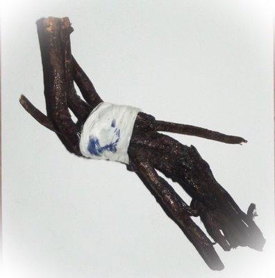Hun Payont Mai Ga Fak Rak - 8 Inches - Enchanted Sacred Treewood Spellbound Ghost Soldier effigy - Por Tan Kloi - Less Than 2 Dozen Made