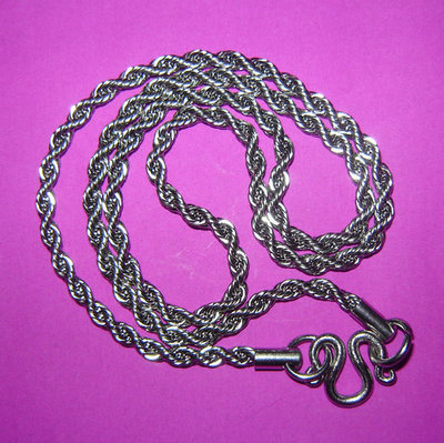 Stainless Steel Unisex Neck Chain for Amulets - medium gague spiralled rope link - for 1 single amulet 22 Inches long
