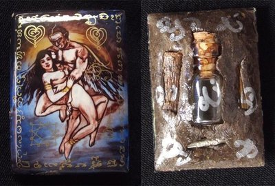 Locket Kamataep 'Ongk Kroo Pised' (Masterpiece Version) 'Bucha Kroo 2555' Ud Nam Man Mont Sanaeh Kamakun - Deva of Love with Sacred Powders, Woods, Takrut and Prai Oil flask - Pra Ajarn Oe Putto Raksa