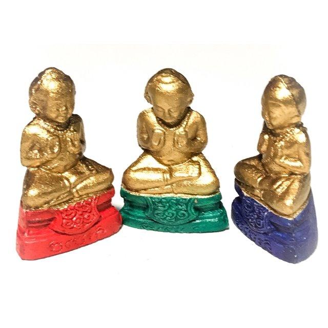 Chud Gammagarn Kumarn Taep Jinda Ud See Pheung Khiaw 3 Amulet Box Set -  Luang Por Rat Wat Pha Hwaay