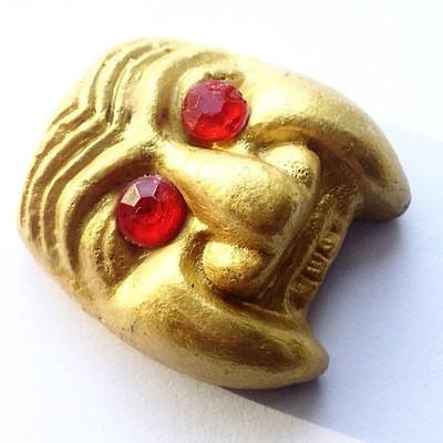 Hnaa Gaag Kroo Pran Bun Manorah Gold Gammagarn Version - Nuea Din Phao - Sacred Baked Earthen Clay Powders Only 200 Made - Luang Por Prohm Wat Ban Suan 2558 BE