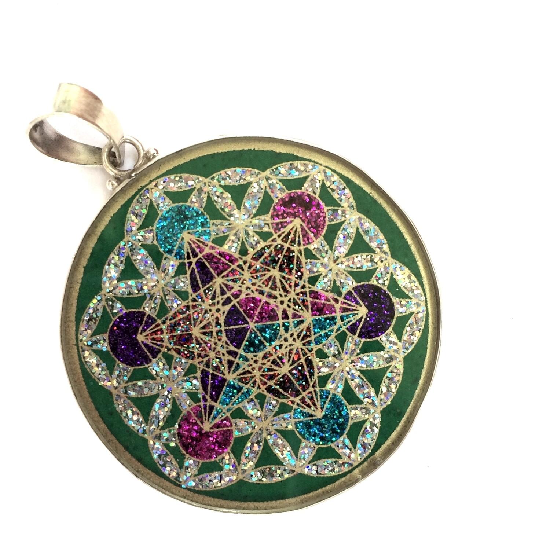 Pingente Grande Geometria Sagrada Cubo de Metatron em Flor da Vida (malaquita verde)