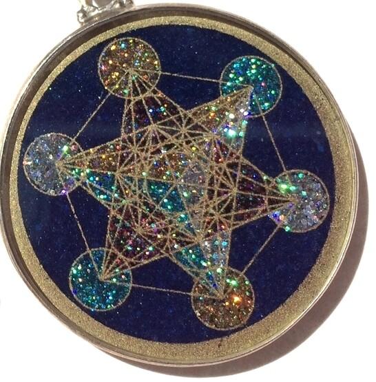 Pingente Grande Geometria Sagrada Cubo de Metatron (turmalina preta)