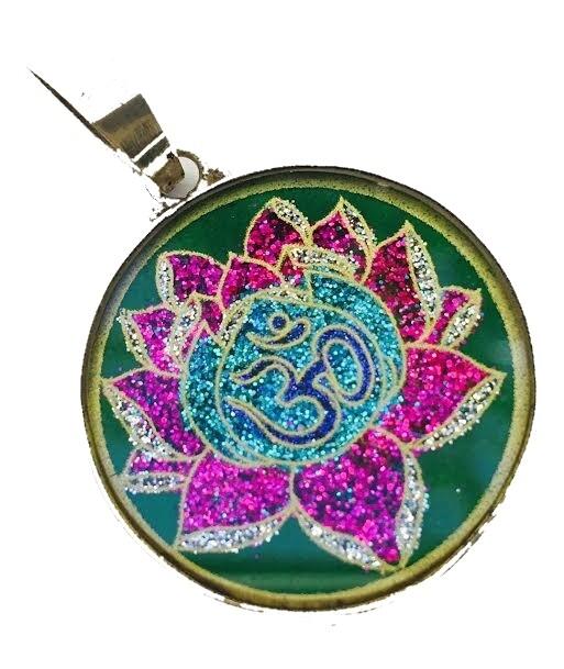 Pingente Pequeno Geometria Sagrada Lotus OM (malaquita verde)