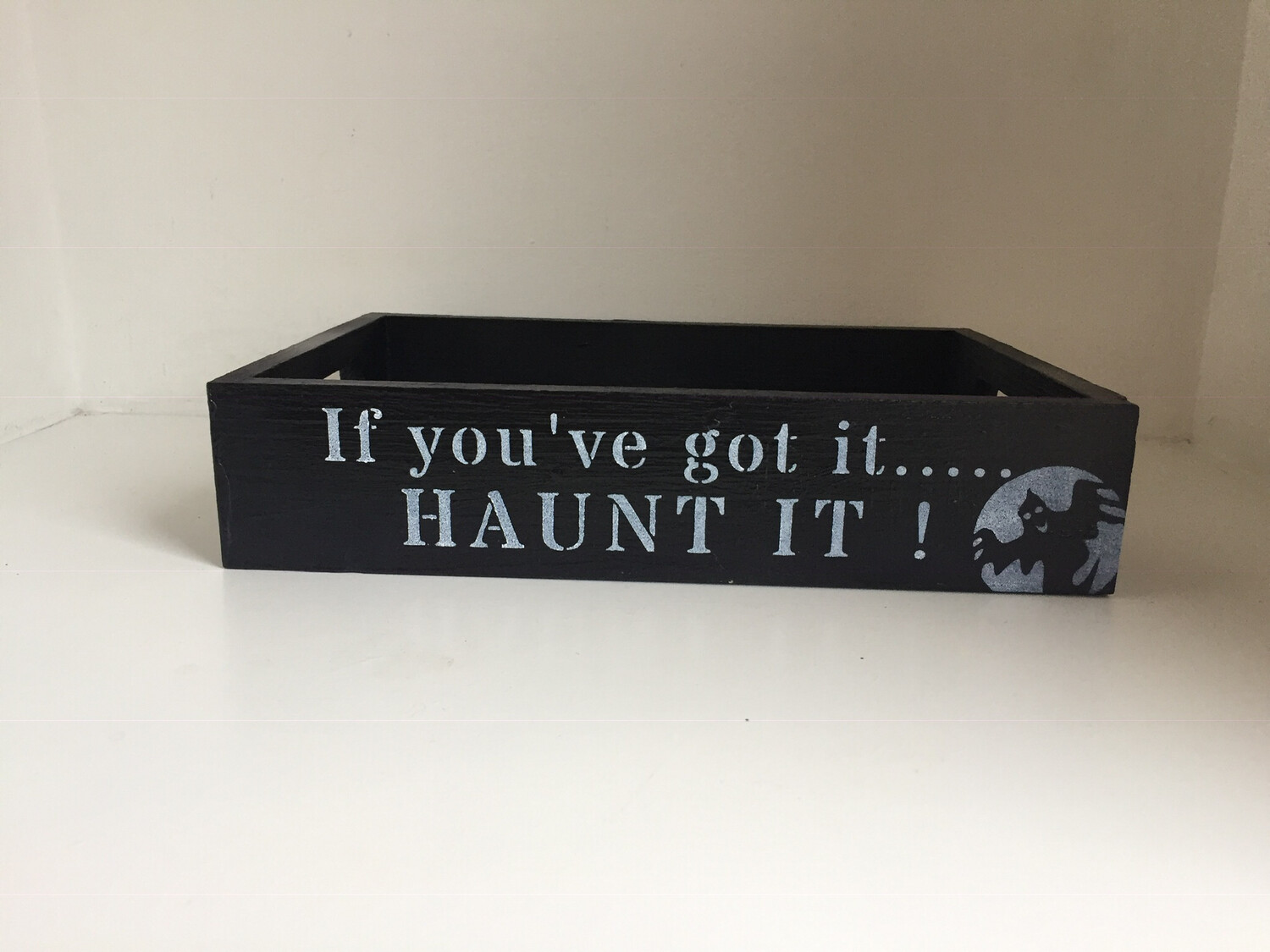 Halloween If you've got it.. HAUNT IT bespoke personalised wooden drinks tray