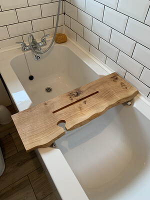 Live Edge Solid Pippy Oak wood Bespoke Rustic Bath Caddy Tray Tablet Holder