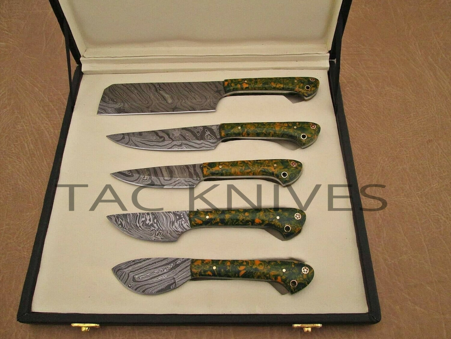 Damascus Kitchen Knife Set With Resin Handle And Bag