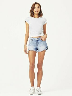 DL 1961 Karlie Boyfriend Short Westside