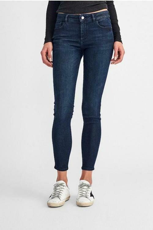 DL 1961 Florence Mid Rise Instasculpt Skinny Jean in Redmond