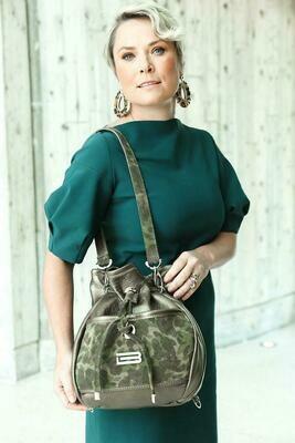 BSWANKY Magnabel Warrior Handbag