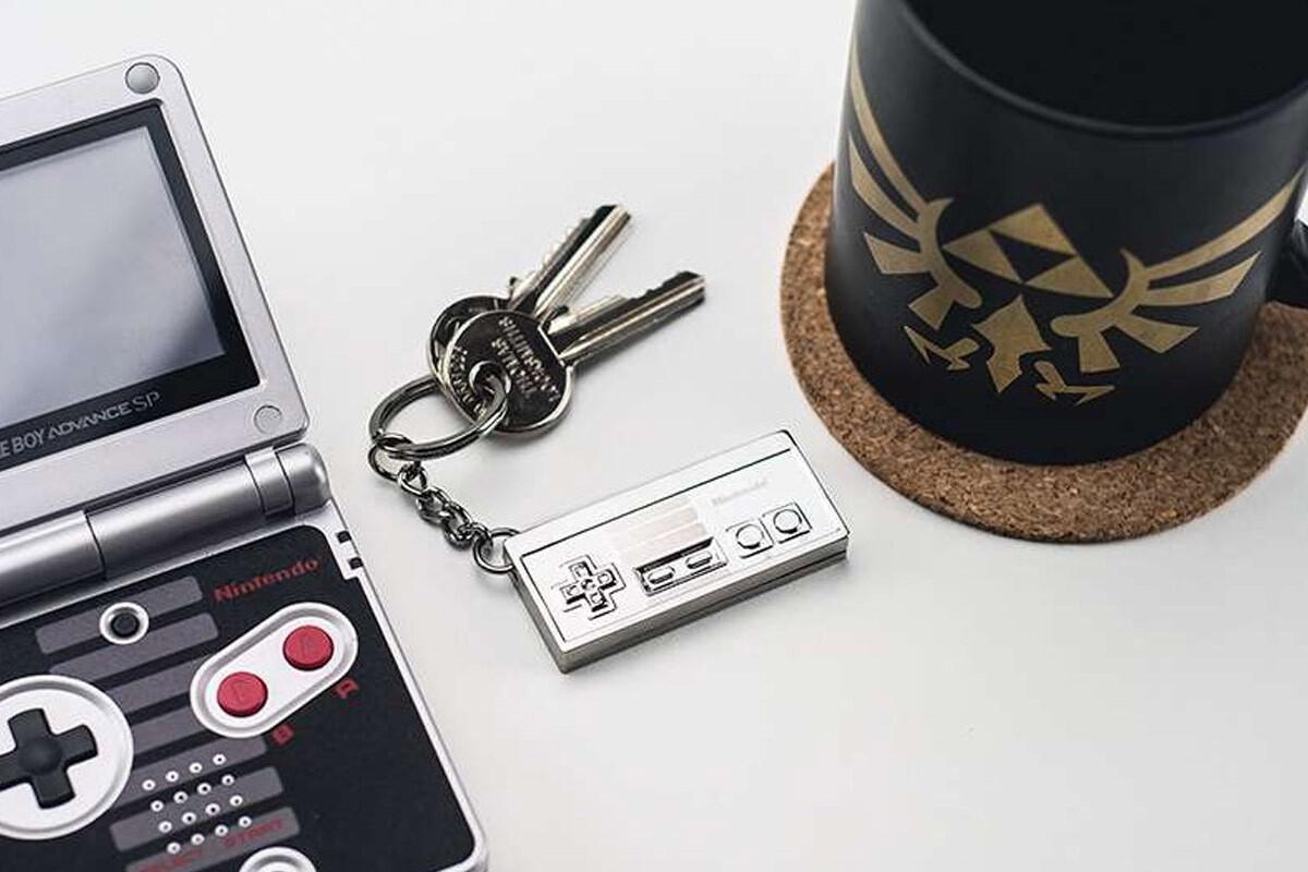 NES 3D Metal Keyring