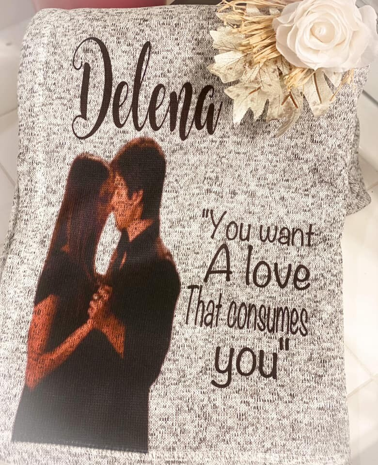 Delena Blanket