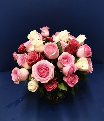 Romantic Roses in Glamorous Gift Wrapping