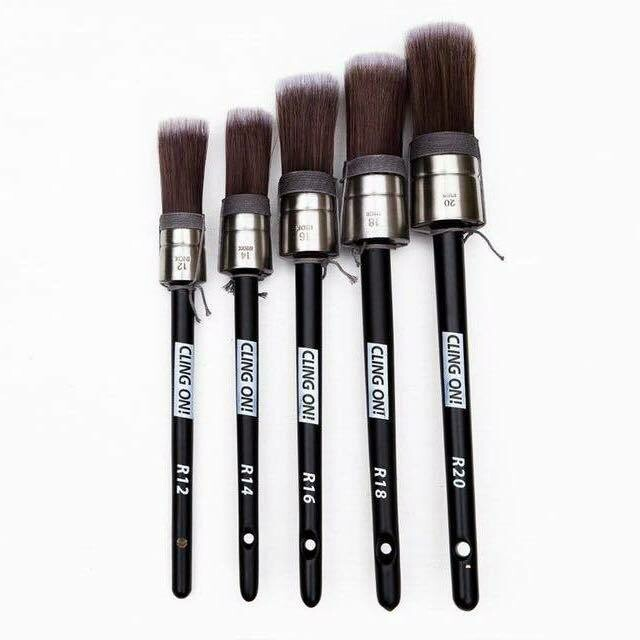 Cling On! Round Brushes