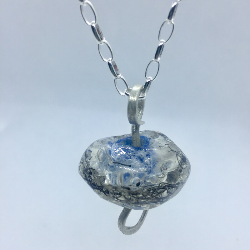 seablue wash pendant