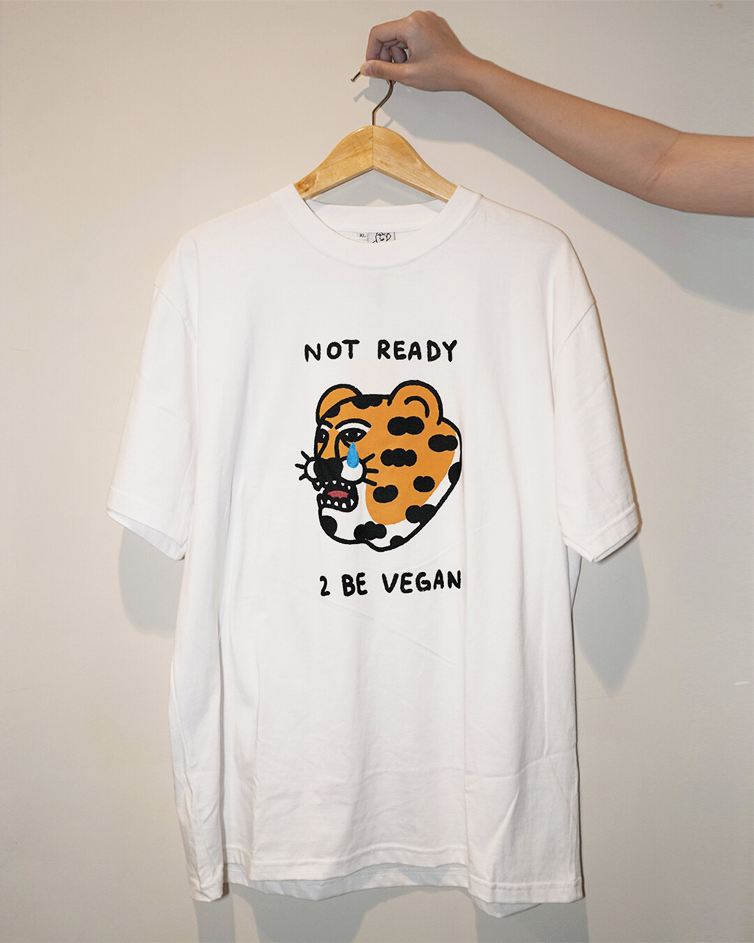'Not Ready 2 Be Vegan' UNISEX Boxy T-shirt