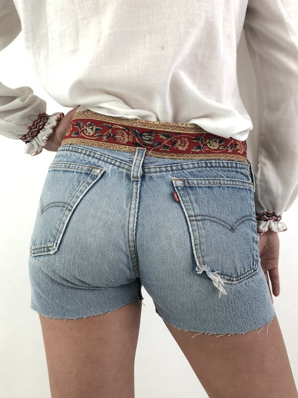 Levi's Reworked Mid Rise Denim Jean Shorts size W 29