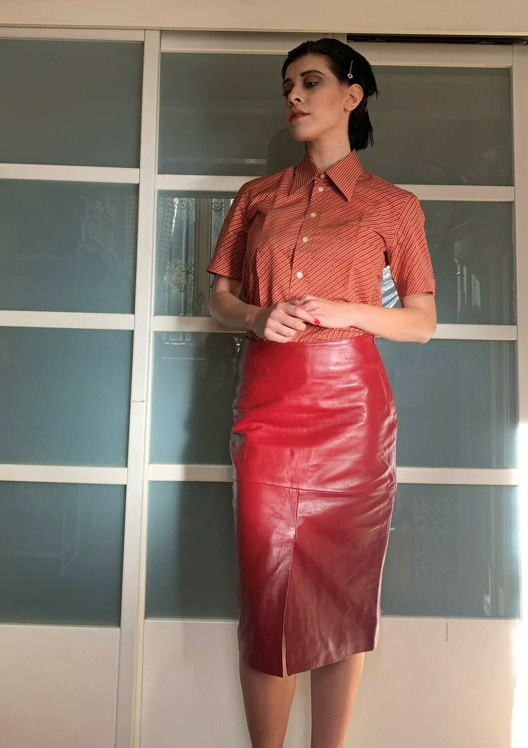 Vintage Pencil Midi Leather Skirt in Red
