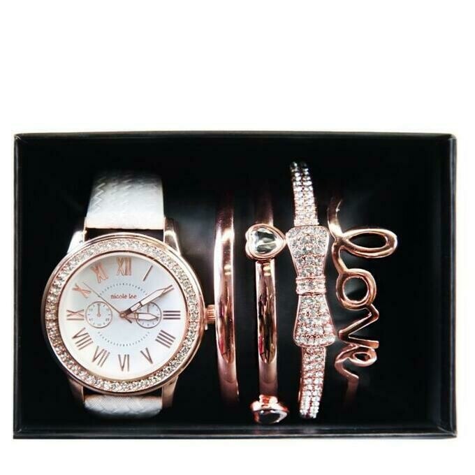 Часы THREE-HAND WATCH AND BRACELETS SET