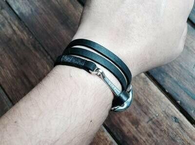 3 wrap anchor bracelet black