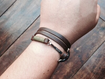 3 wrap anchor bracelet Brown