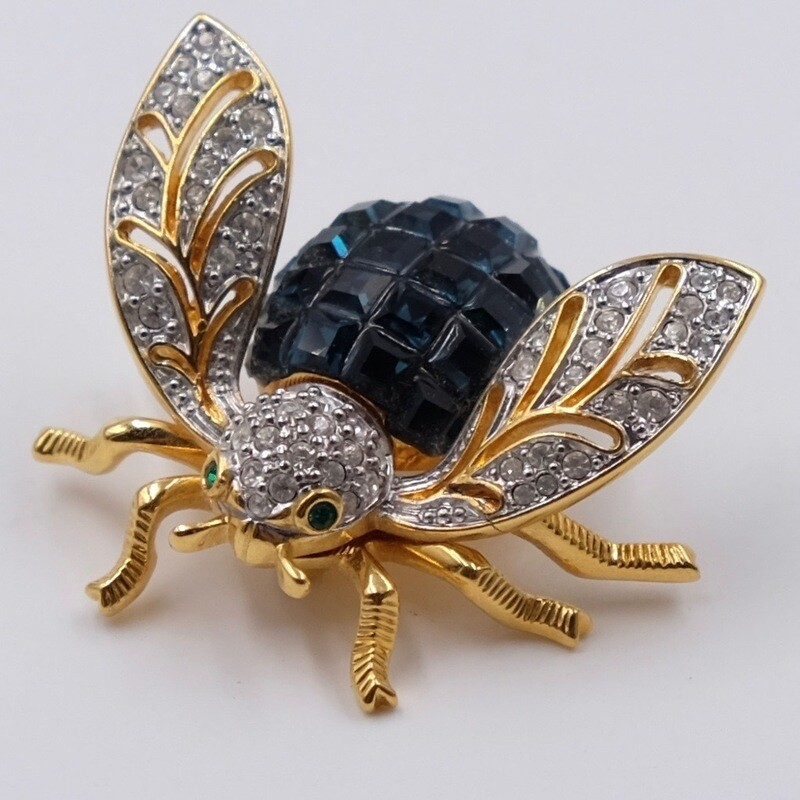Винтажная брошь жук с синими кристаллами 2000е