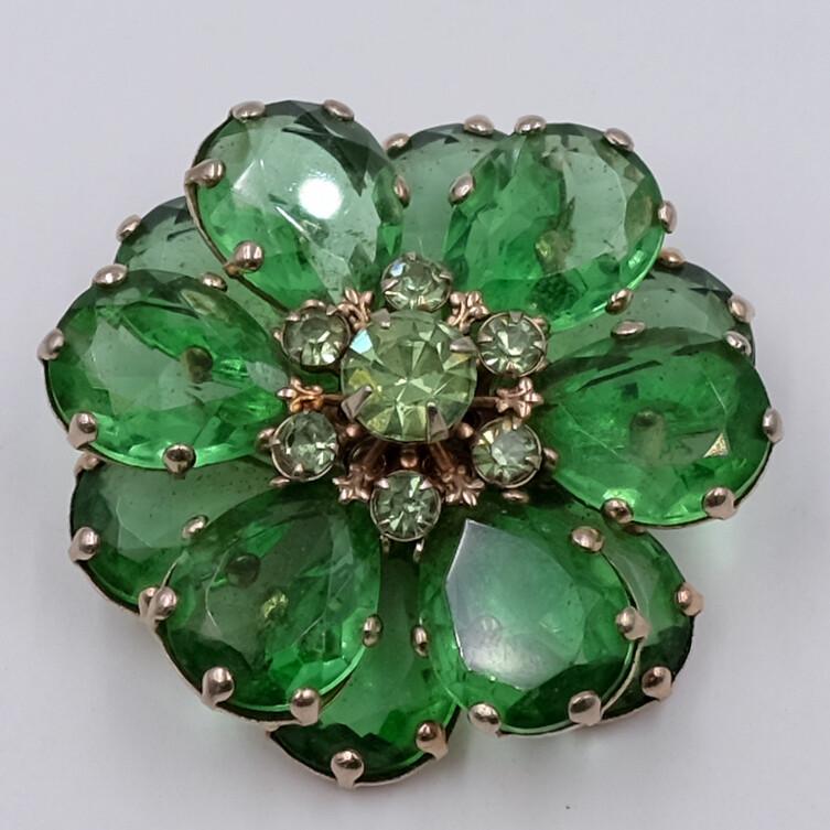 Винтажная брошь из стекла зеленый цветок 1960е
