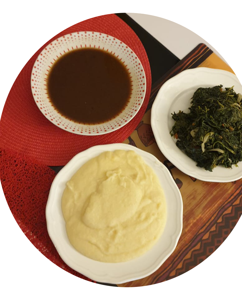 NKui accompagné de couscous de maïs et légumes
