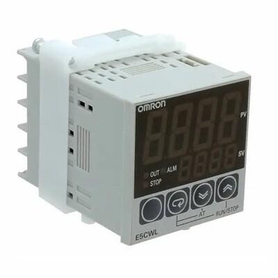 OMRON E5CWL-R1TC Temperature Controller, Relay output