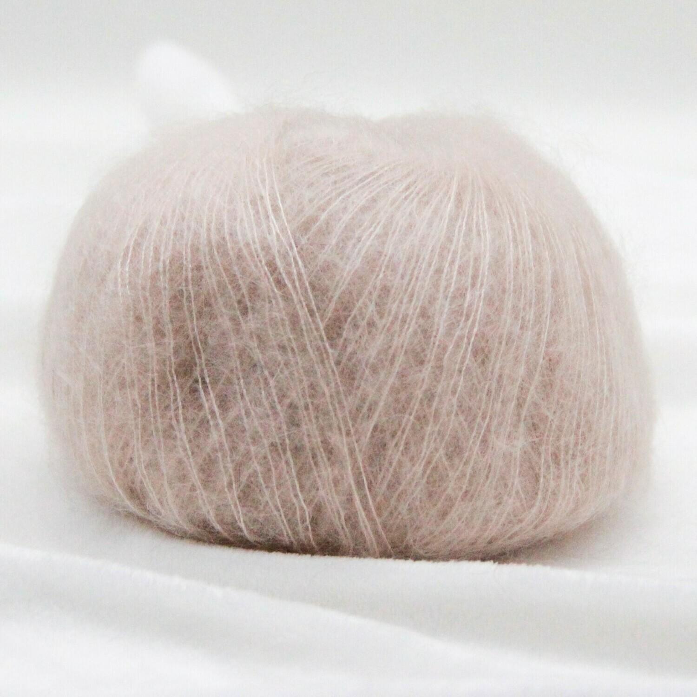 Soft dream (75% супер кидмохер/ 25% шелк) 200м/25гр
