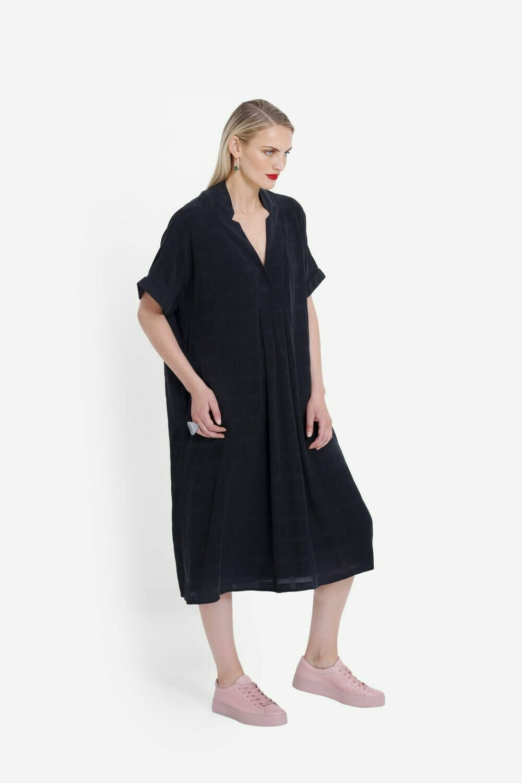Flekke Dress - Black