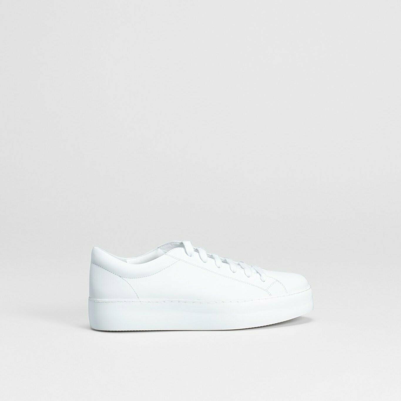 Vikran Sneaker - White