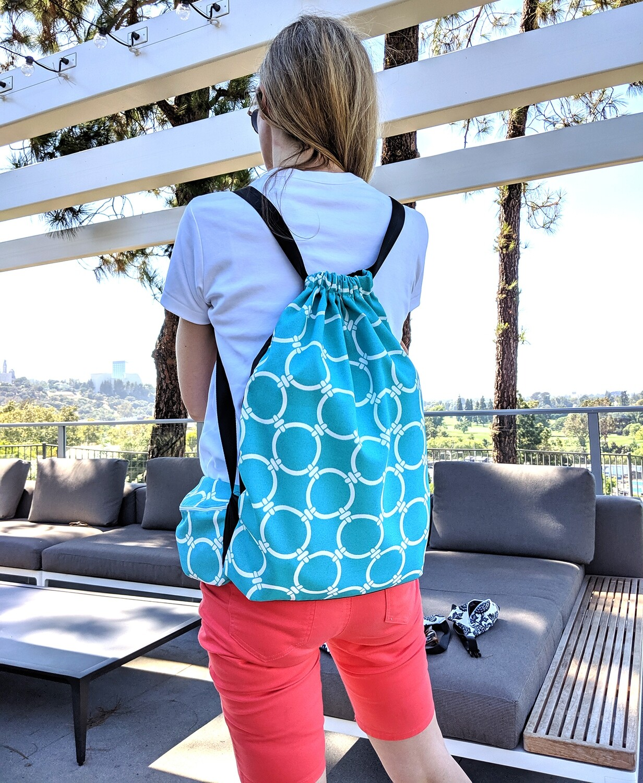 Coastal Blue Links Drawstring Bag
