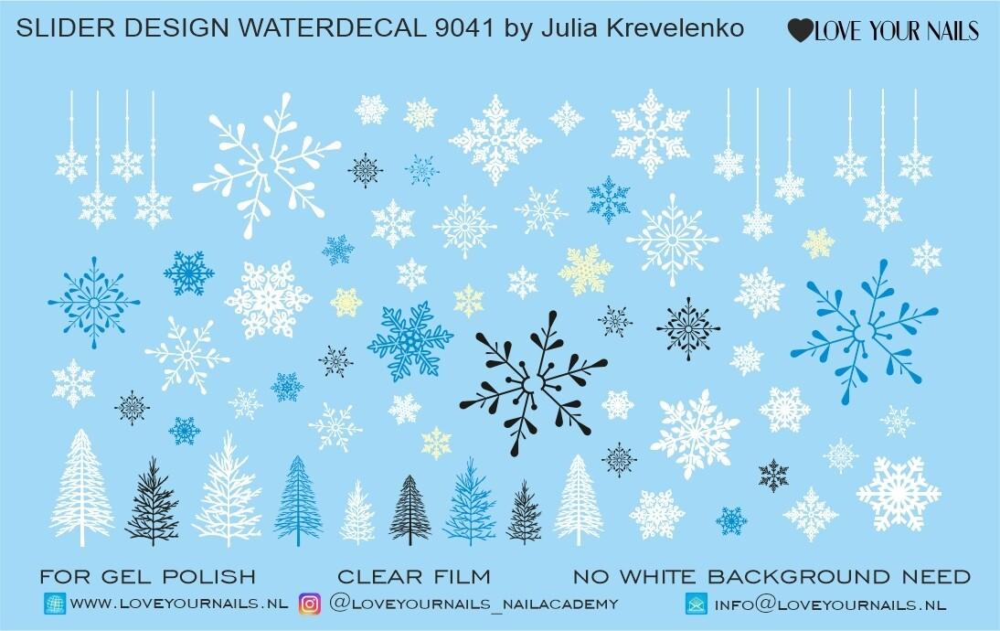 Christmas Tree and Snowflakes 9041