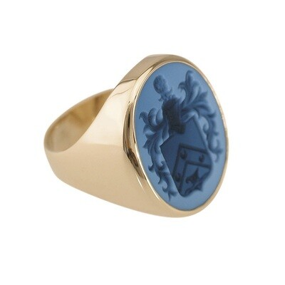 Family Crest Ring in Blue-Black Layered Agate in 18kt Gold