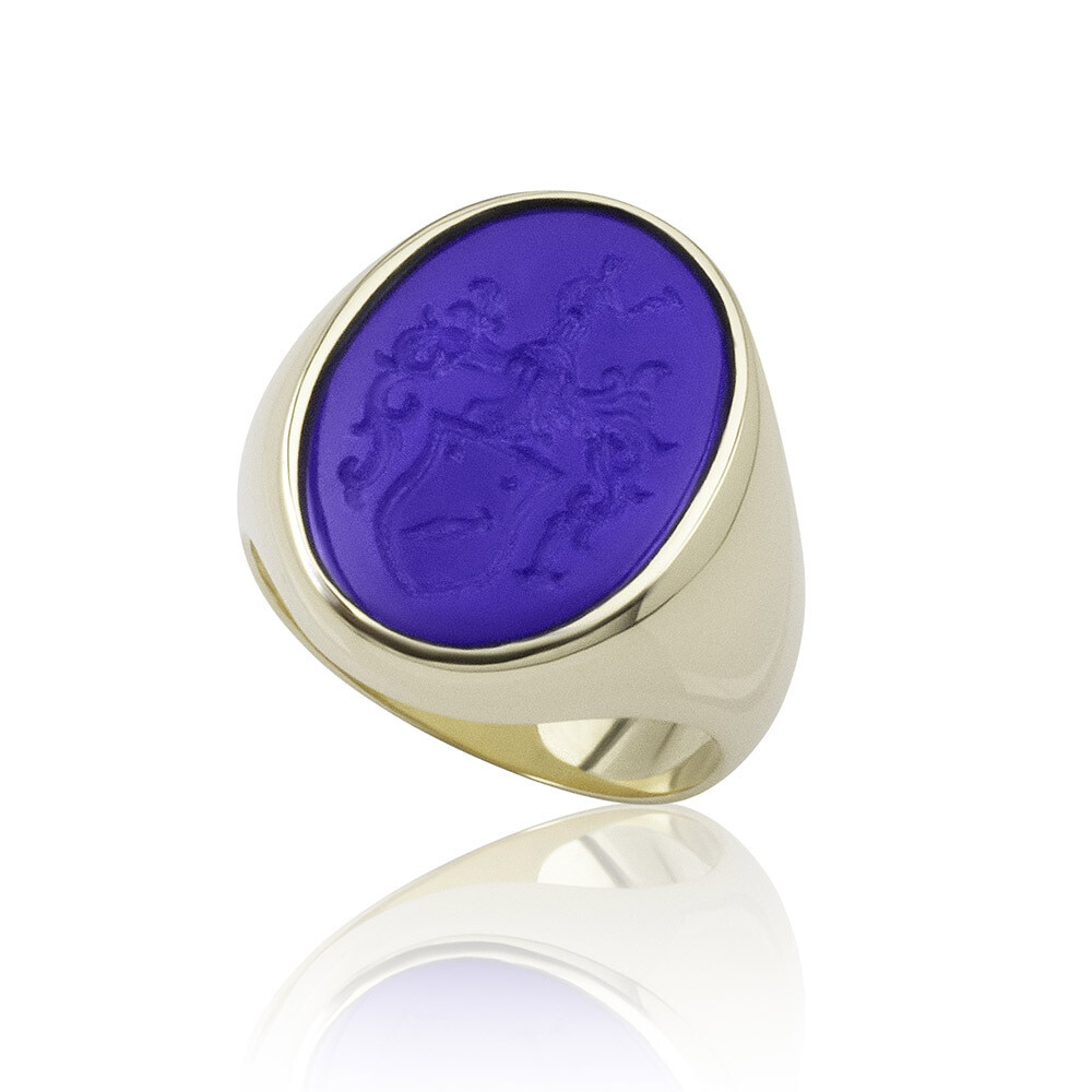 Lapis Lazuli Crest Ring for a Woman in 14kt Gold-intaglio Coat of Arms