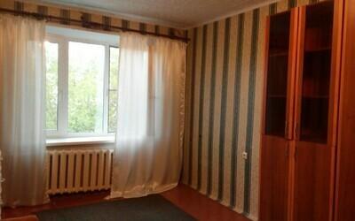 Комната в Климовске, Школьная 8