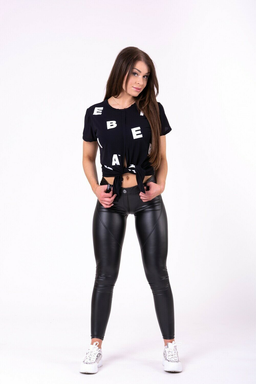 "ФУТБОЛКА NEBBIA TIED KNOT ""LETTERS"" T-SHIRT 680 BLACK"