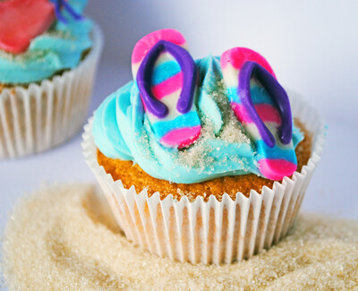 Beach Cupcakes for Australia Day - Friday 24th Jan 2020 (10am to 12pm)