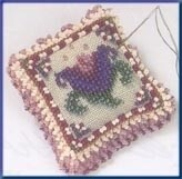 Mill Hill Beads Pin Pillow - Cameo Tulip (MHBPP5)