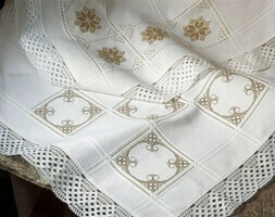 Anne Cloth Afghans 18ct w.145cm White (7588.100) /10cm increments