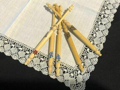 Timber Lace English Bobbin - Guatamba (feature)