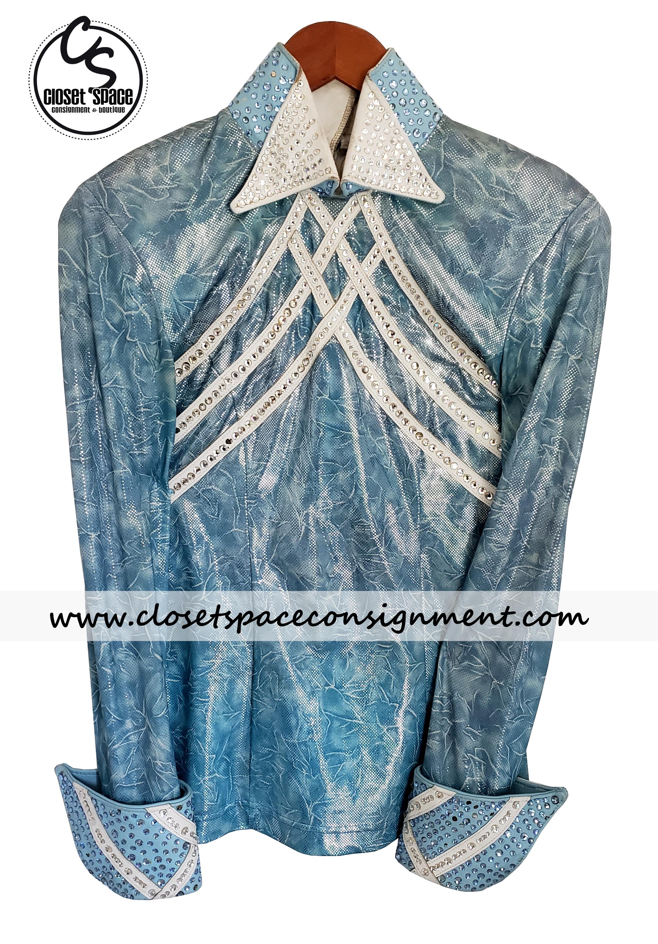 'Cassidy's Casuals' Light Blue & White Shirt LH2