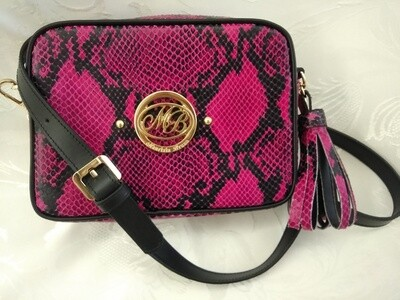 Bag Mod. Anna/4 –Crossbody Bag Leather Fucsia Snake printed with border and finishes in Black Leather