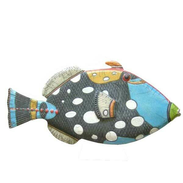 Trigger fish Y Hanging -