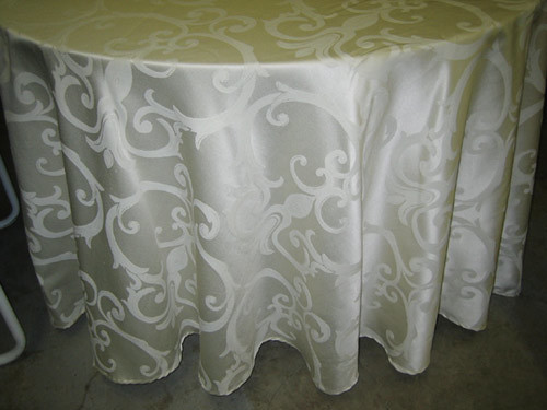 "Passion Tablecloth - 120"" Round 00131"
