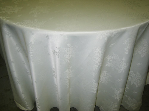 "Bellagio Tablecloth - 132"" Round"
